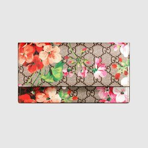 Gucci GG Supreme Blooms Continental Wallet